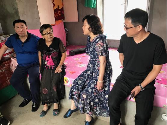徐伟带队赴清瑞村调研扶贫产业
