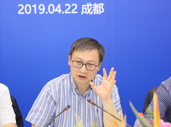 成都市哈尔滨商会组织召开哈尔滨工业大学四川校友座谈会